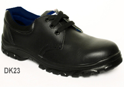 DK23 black leather lace-up safety shoe